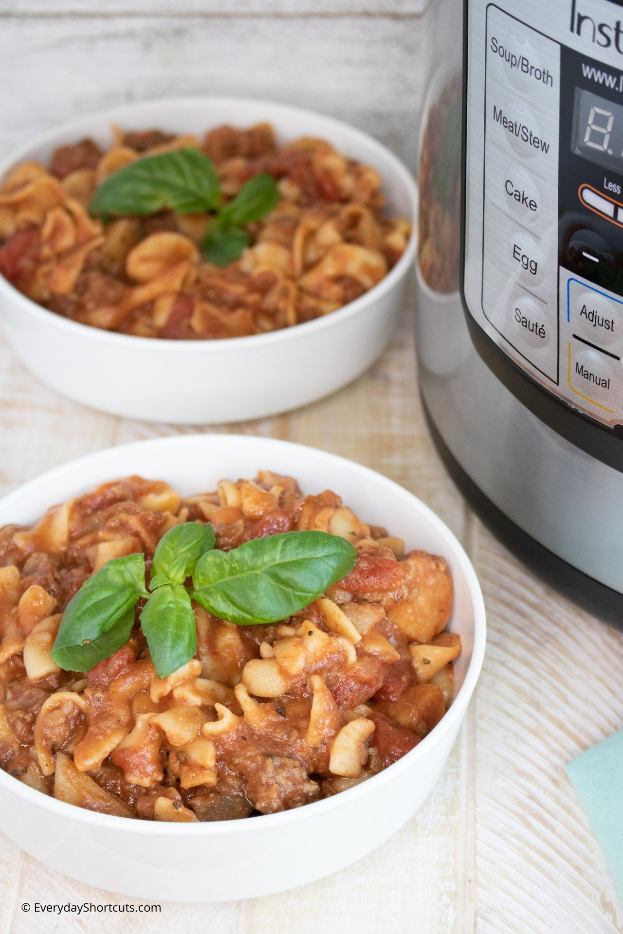 Instant-Pot-Goulash-with-Potatoes