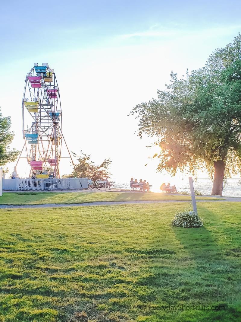 ferris-wheel-by-the-lake