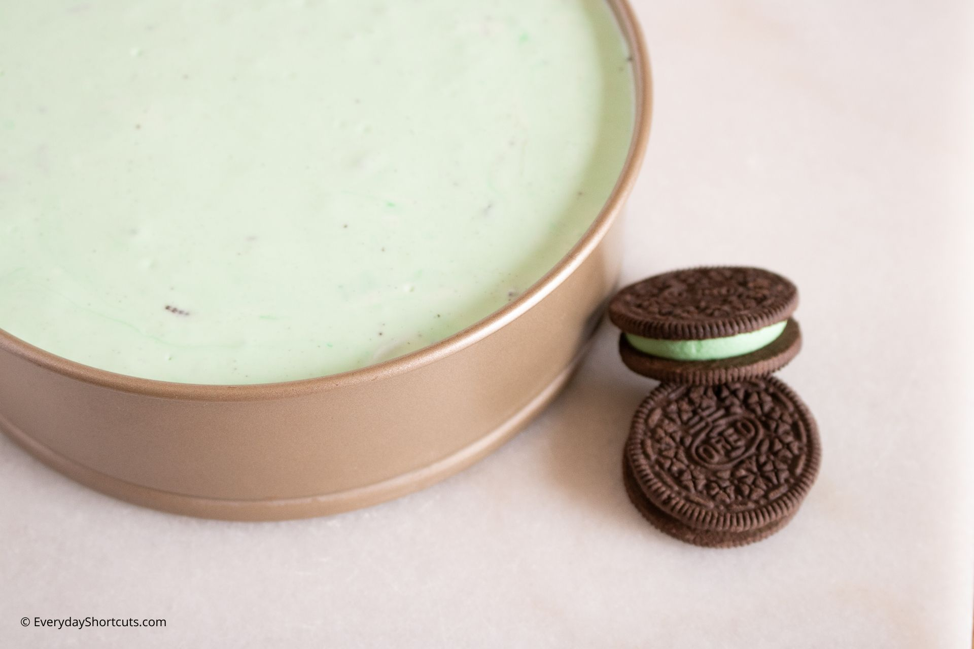 making-an-oreo-mint-cheesecake