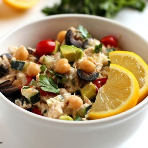 how-to-make-mediterranean-tuna-salad-480x480