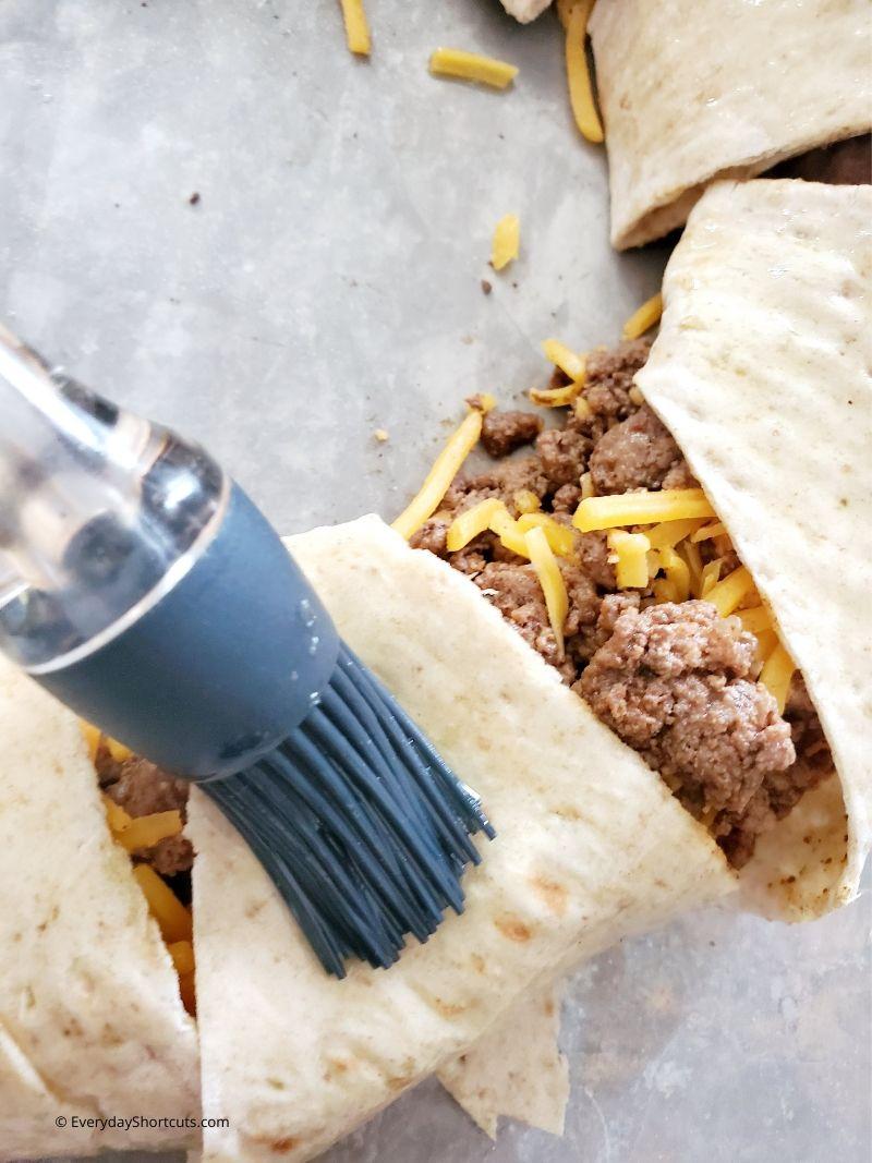 brush-on-olive-oil-for-taco-ring