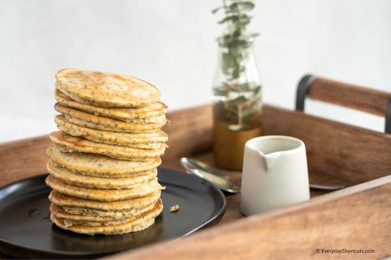 how-to-make-keto-pancakes