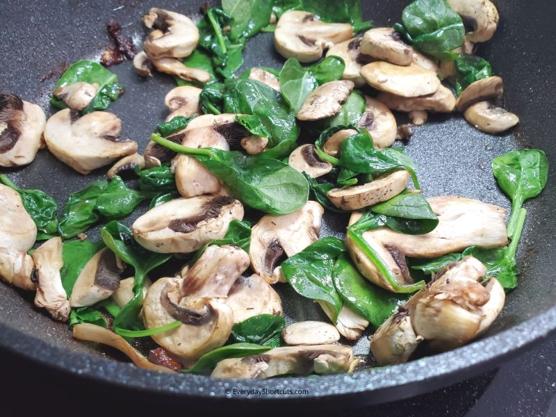 how-to-saute-spinach