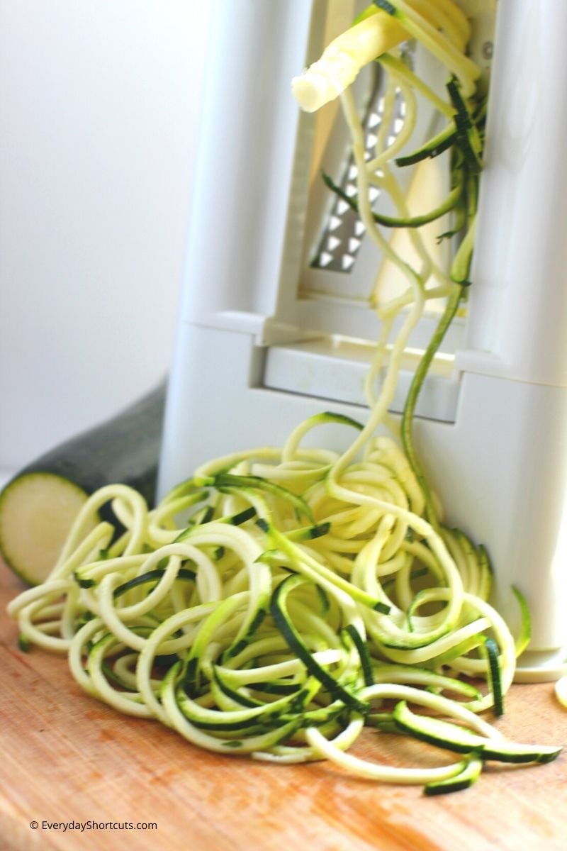 how-to-spiralize-zoodles