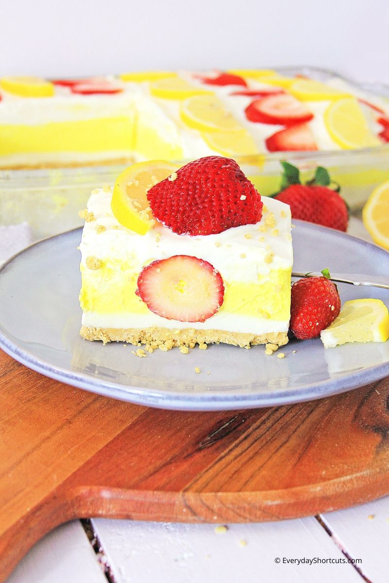 strawberry-lemon-dessert