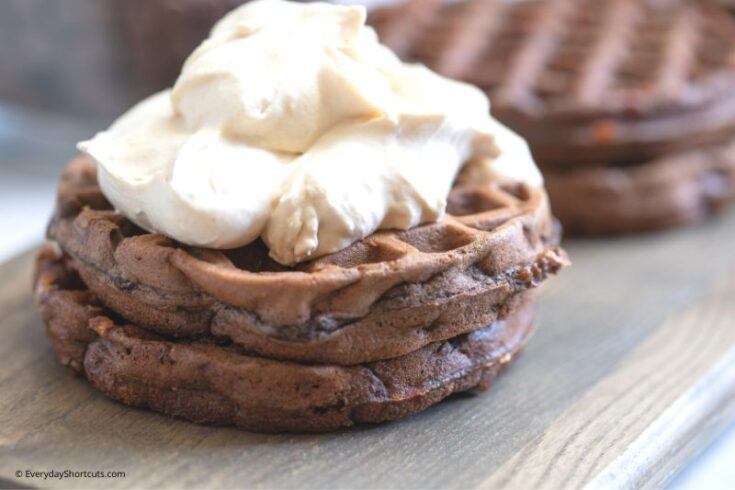 chaffle-with-whipping-topping-735x490