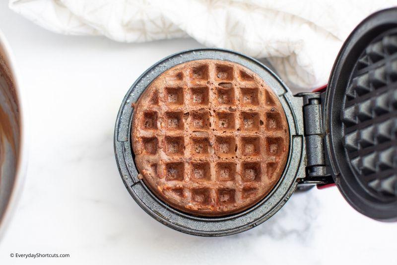how-to-make-a-chocolate-chaffle