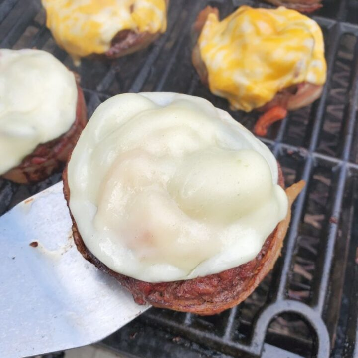 Loaded Beer Can Bacon Burgers